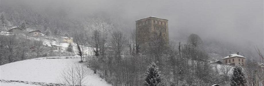 La vue sur la tour du Treuil pour les appartements Ouest